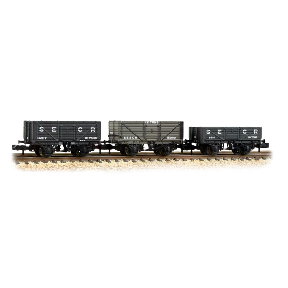 Triple Pack SE&CR Plank Wagons