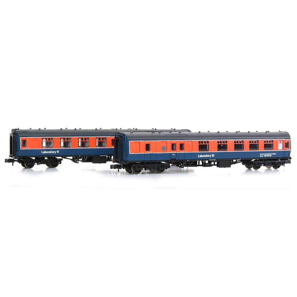 Set of BR Mk1 Coaches 'Laboratory 10' & 'Laboratory 11' RTC